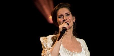 Pia Douwes start hulplijn voor emotionele steun bij kanker