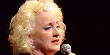 Karin Bloemen in de fout met protocol bij koningin Beatrix