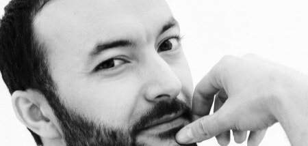 Nasrdin Dchar gaat theater in met voorstelling over vaderschap