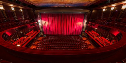 Dit zijn de theaters van het jaar 2018!