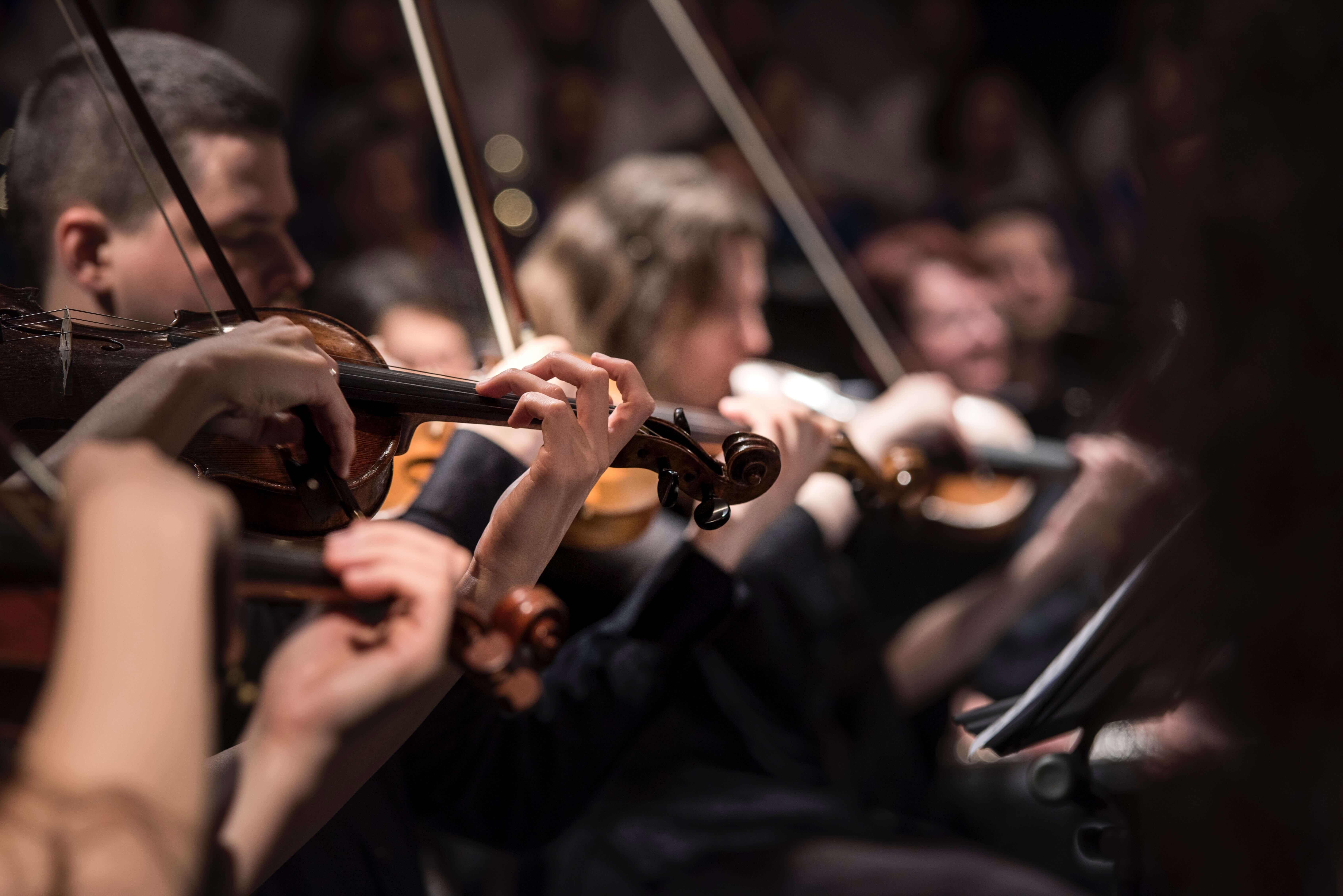 Nederlands Philharmonisch Orkest en het Kamerorkest in het Concertgebouw