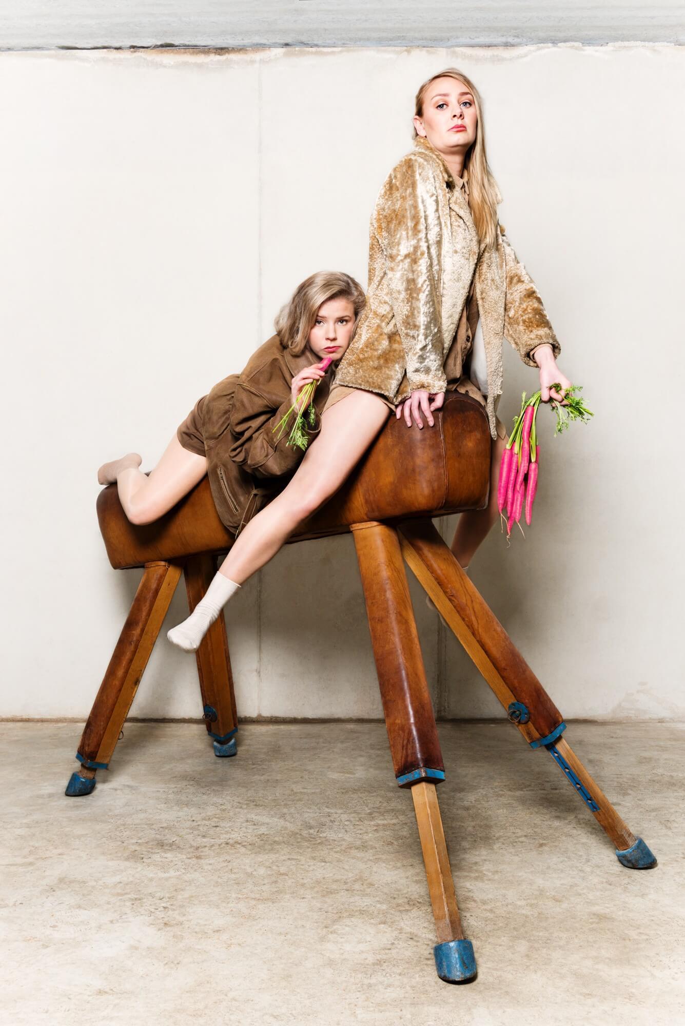 Anne en Lisa - Foto Saskia Kerkhoff