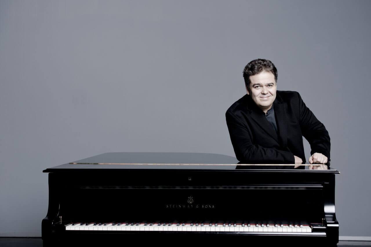 Arcadi Volodos - Schubert, Brahms, Debussy