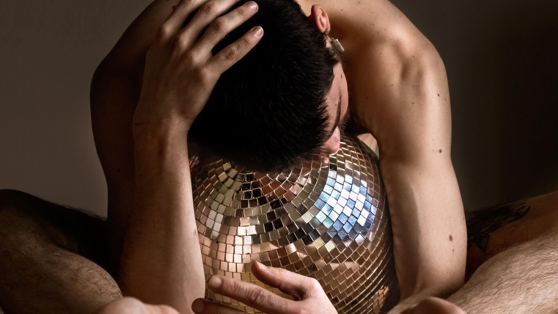 Glitter - Antonin Rioche - Foto Alex Avgud