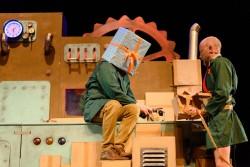 Theatergroep Graasland - Wachten op kado - Foto Joep van Aert