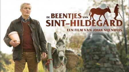 Kijktip: De Beentjes van Sint-Hildegard met Herman Finkers