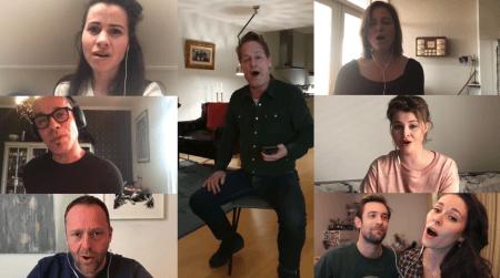 Musicalsterren zingen samen 'You'll Never Walk Alone'